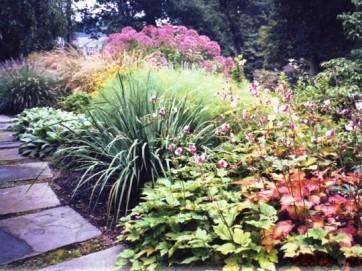 Main line philadelphia landscaping design using 3d for Round garden designs