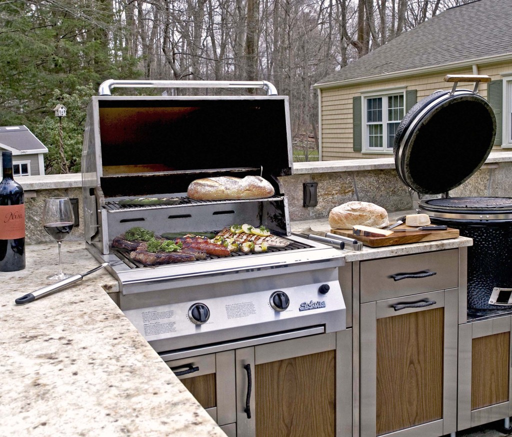 Outdoor Kitchen Cupboards: Stainless Steel Cabinets For Your Outdoor Kitchen Trend