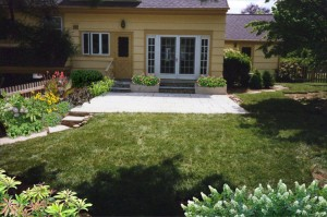 backyard-landscaping-ideas-aardweg-landscaping-bryn-mawr-devon-frazer
