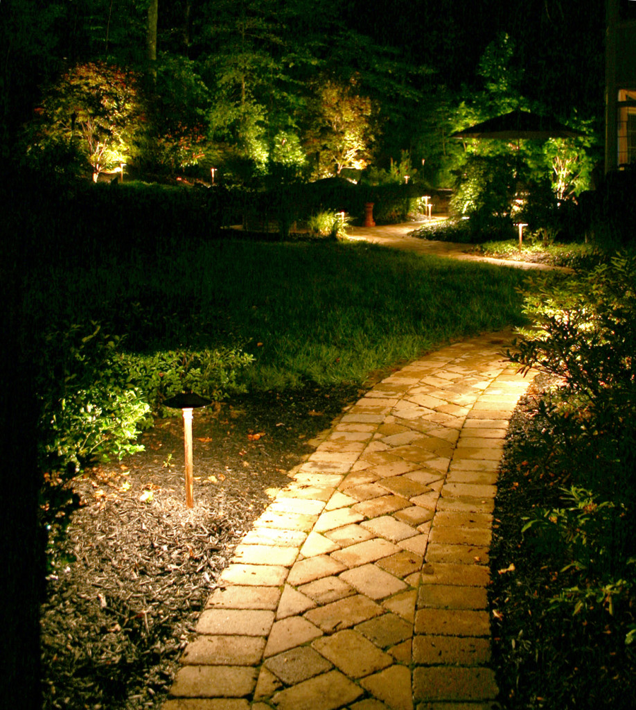 outdoor landscape lighting pathway lighting designs - Landscape Lighting Design Ideas