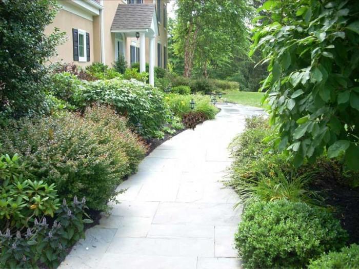 Landscaping service near me: garden walkway